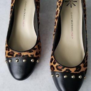 Isaac Mizrahi New leopard calf hair heels 7M